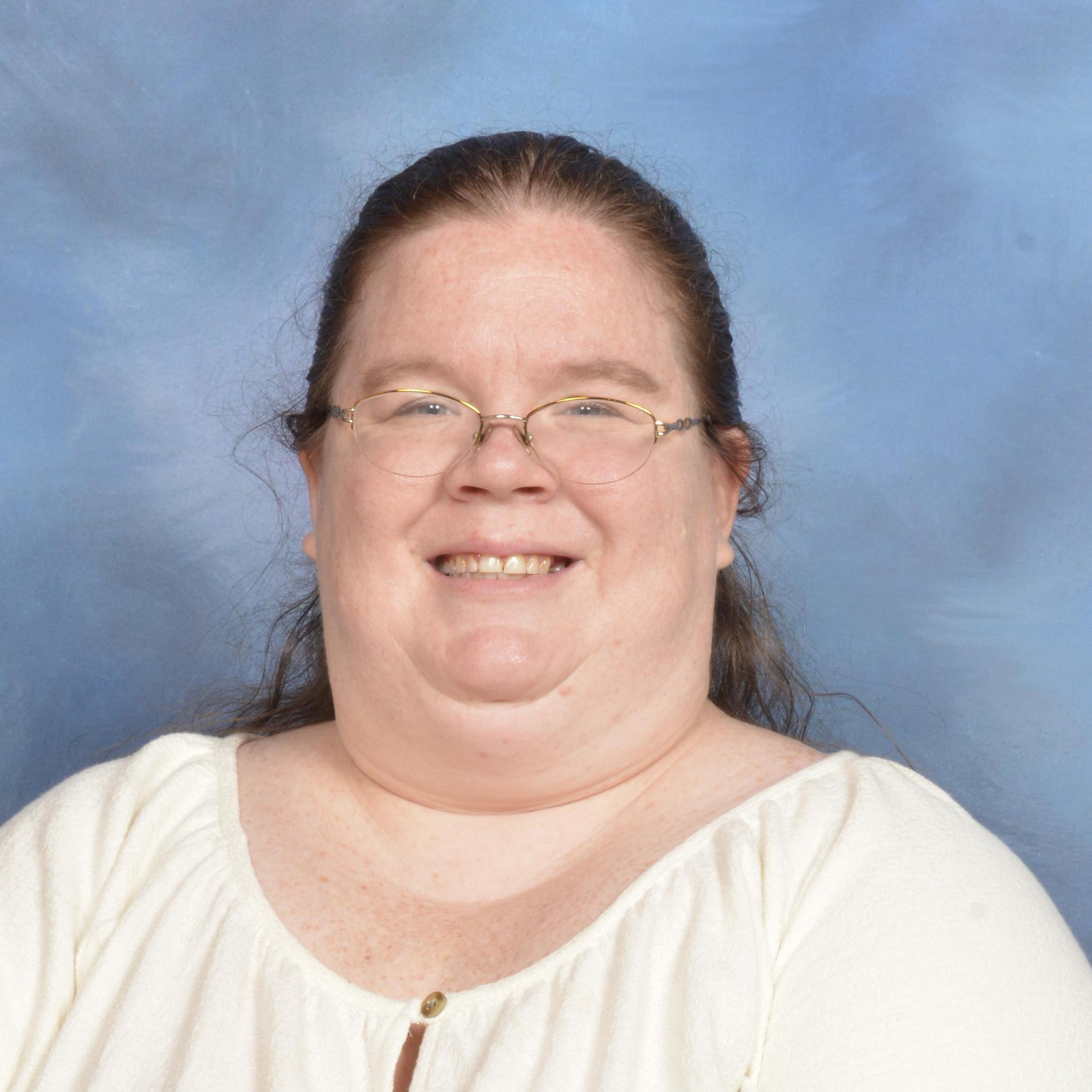 Elizabeth Garza's Profile Photo