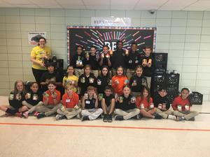 Student Council food drive 7.JPG
