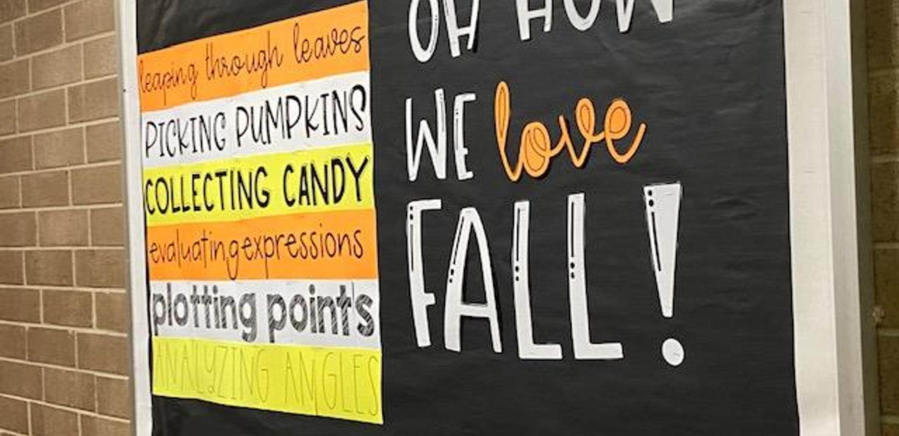 We love fall Bulletin Board!