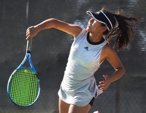 101019_Hart_GV_G_Tennis_DW_03A-800x622.jpg