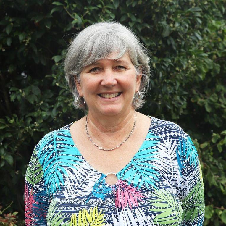 Beth Holland's Profile Photo
