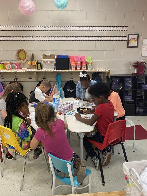 First Grade is creating Hispanic Flags to celebrate Hispanic Heritage month.