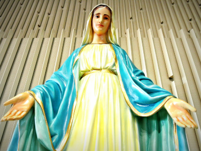 May the Month of Mary Featured Photo