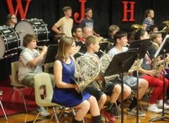 MWJH band performs