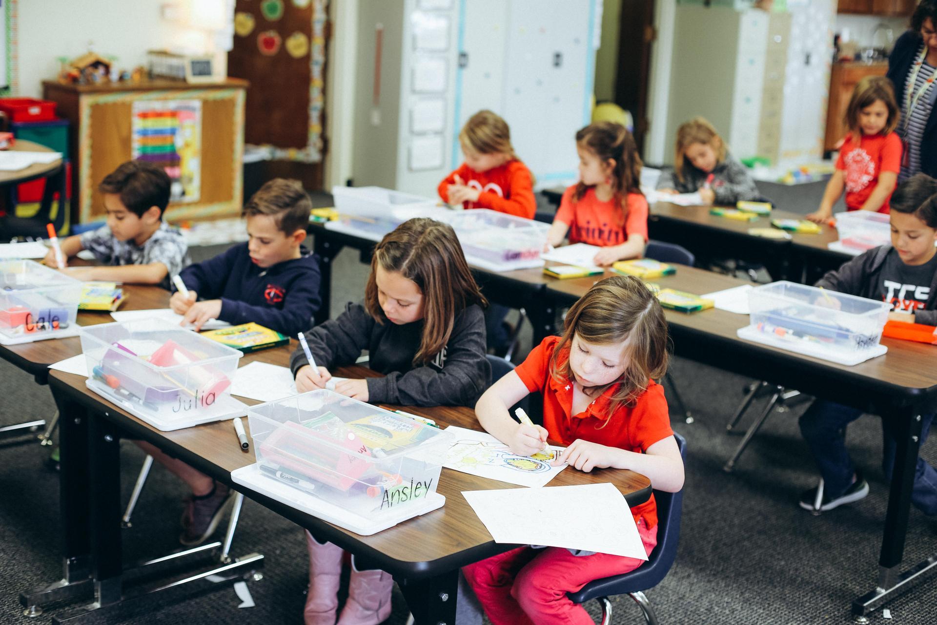 kids working in classsroom