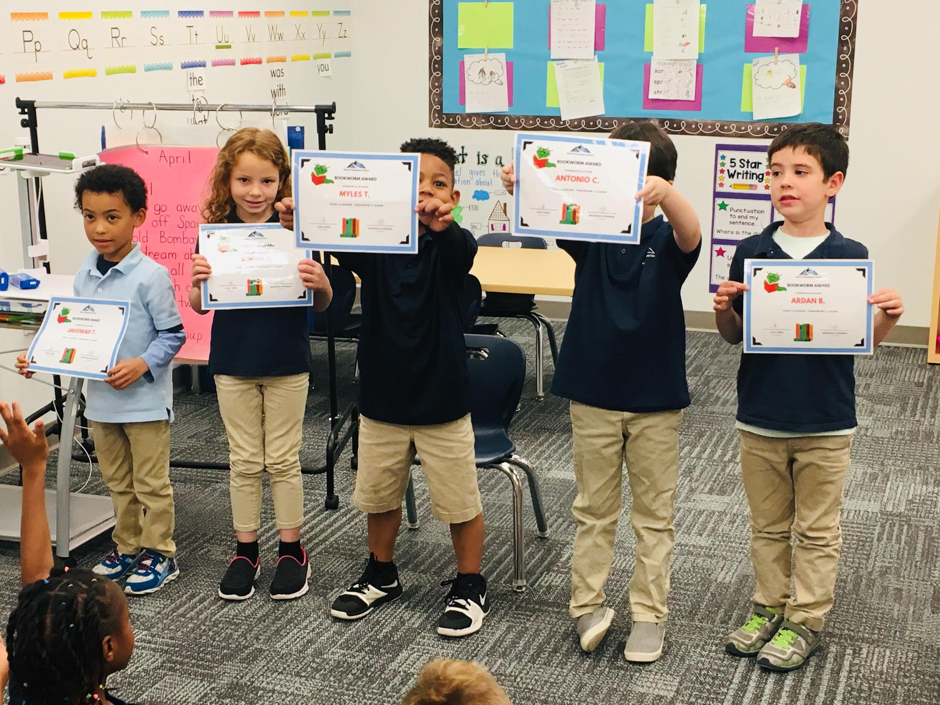 Scholars of the week show their certificates