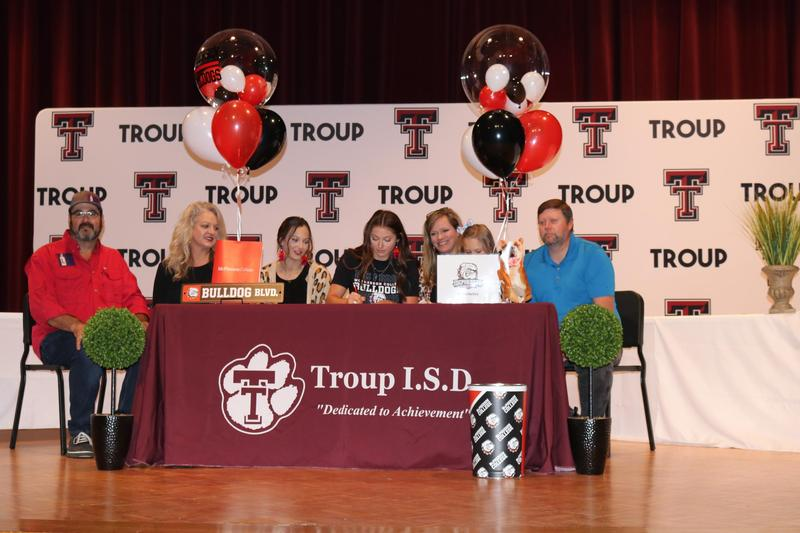 Bailey Hartley Signed with McPherson College to Continue Pole Vaulting Featured Photo