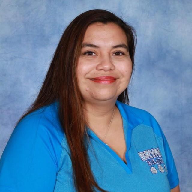 Iris Saldivar's Profile Photo