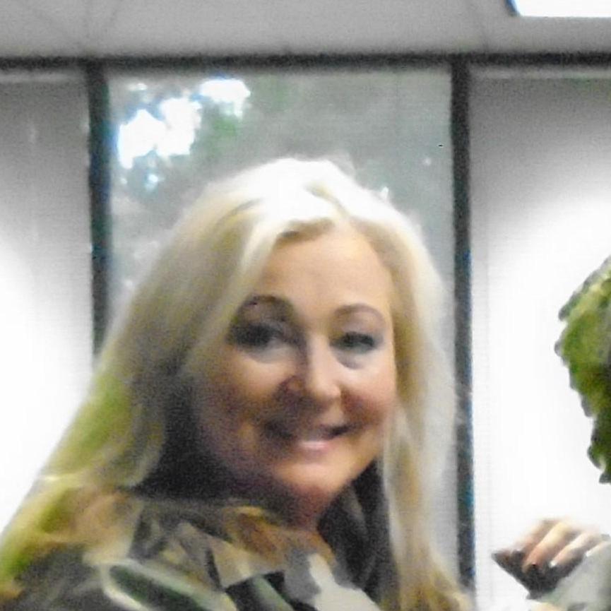 Karen Logan's Profile Photo