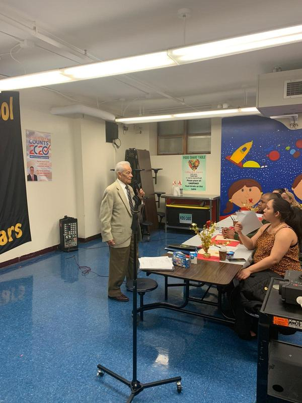 Jhonny Tores talking to parents