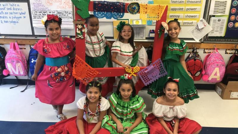 16 de Septiembre at Rembrandt Elementary Featured Photo