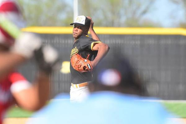 Baseball notes: He's on fire. And he's fired up. Michigan recruit Tyler Fullman '21 keeps eyes on big prize, playoff success, for Marian Catholic. Featured Photo