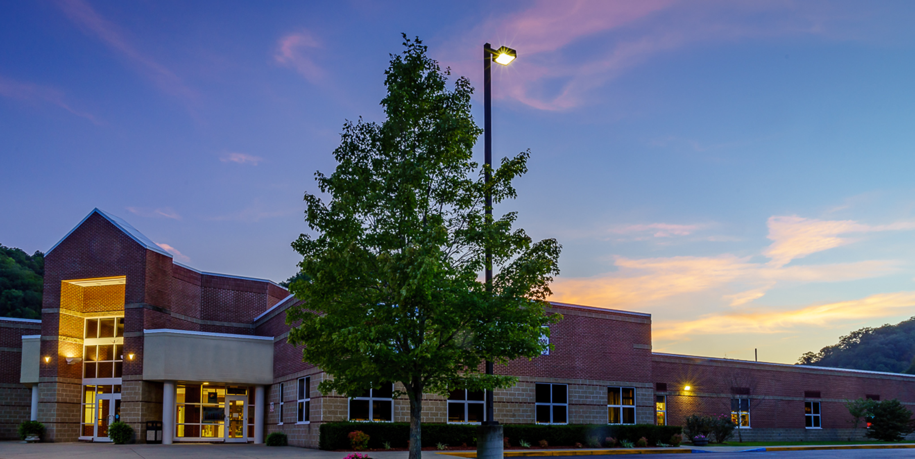 May Valley Elementary building photo