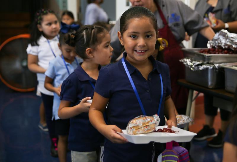 Lynwood Unified to Serve Breakfast and Lunch to All Students at No Cost Featured Photo