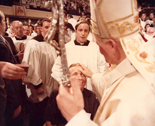 Father Atkinson meets Pope John Paul