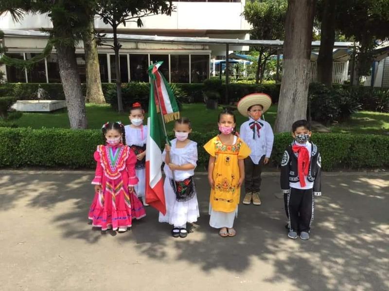 Celebración de las Fiestas Patrias 2021 en Queen Elizabeth School Featured Photo
