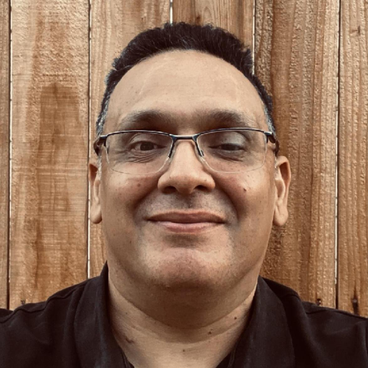 Rudy De Santiago's Profile Photo