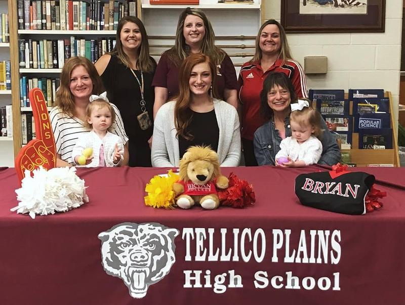 Senior Cheerleader Signs with Bryan College