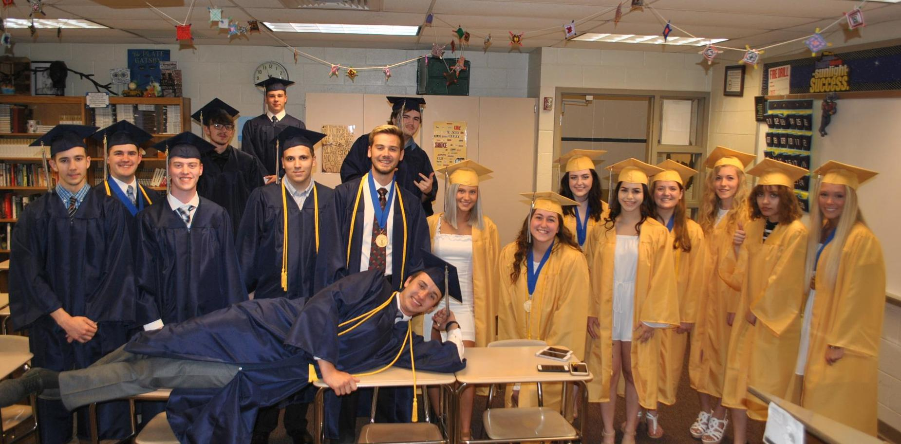 Seniors before commencement
