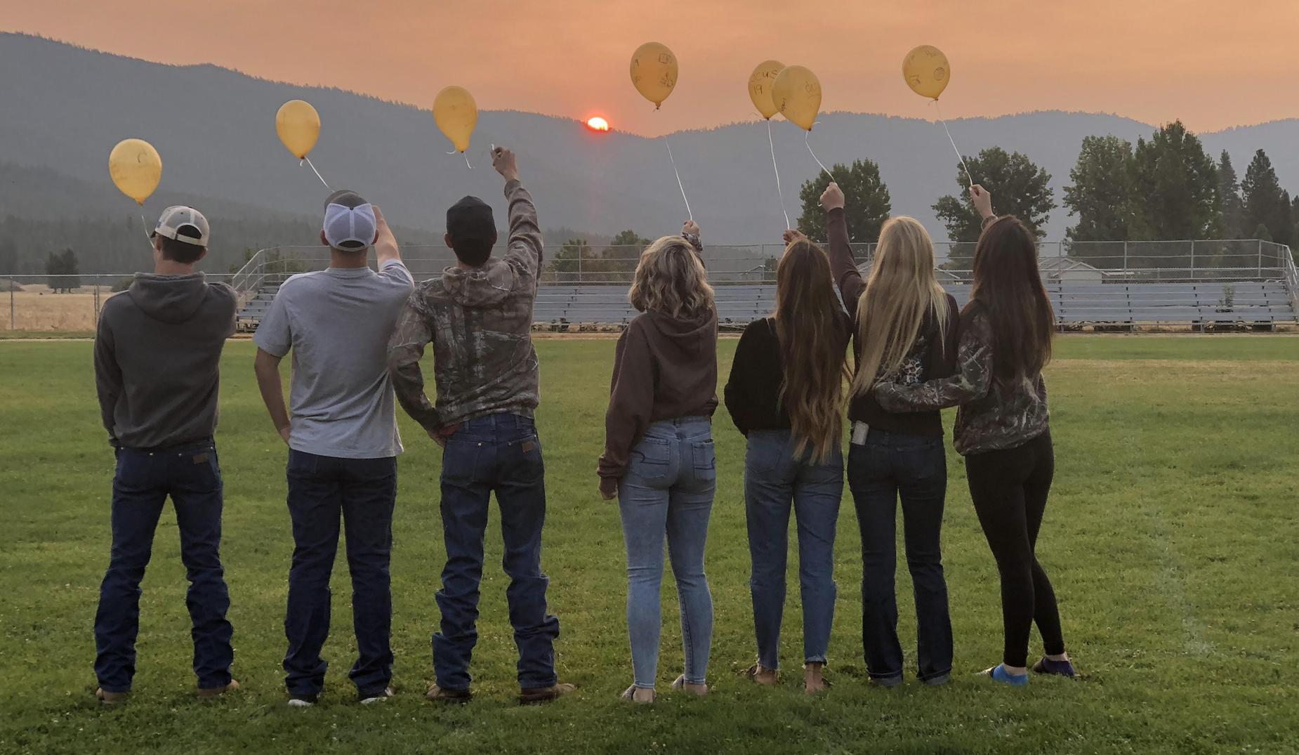 Balloon Release at Senior Sunrise!