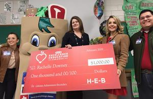 McAllen ISD teacher named State Finalist in H-E-B education awards