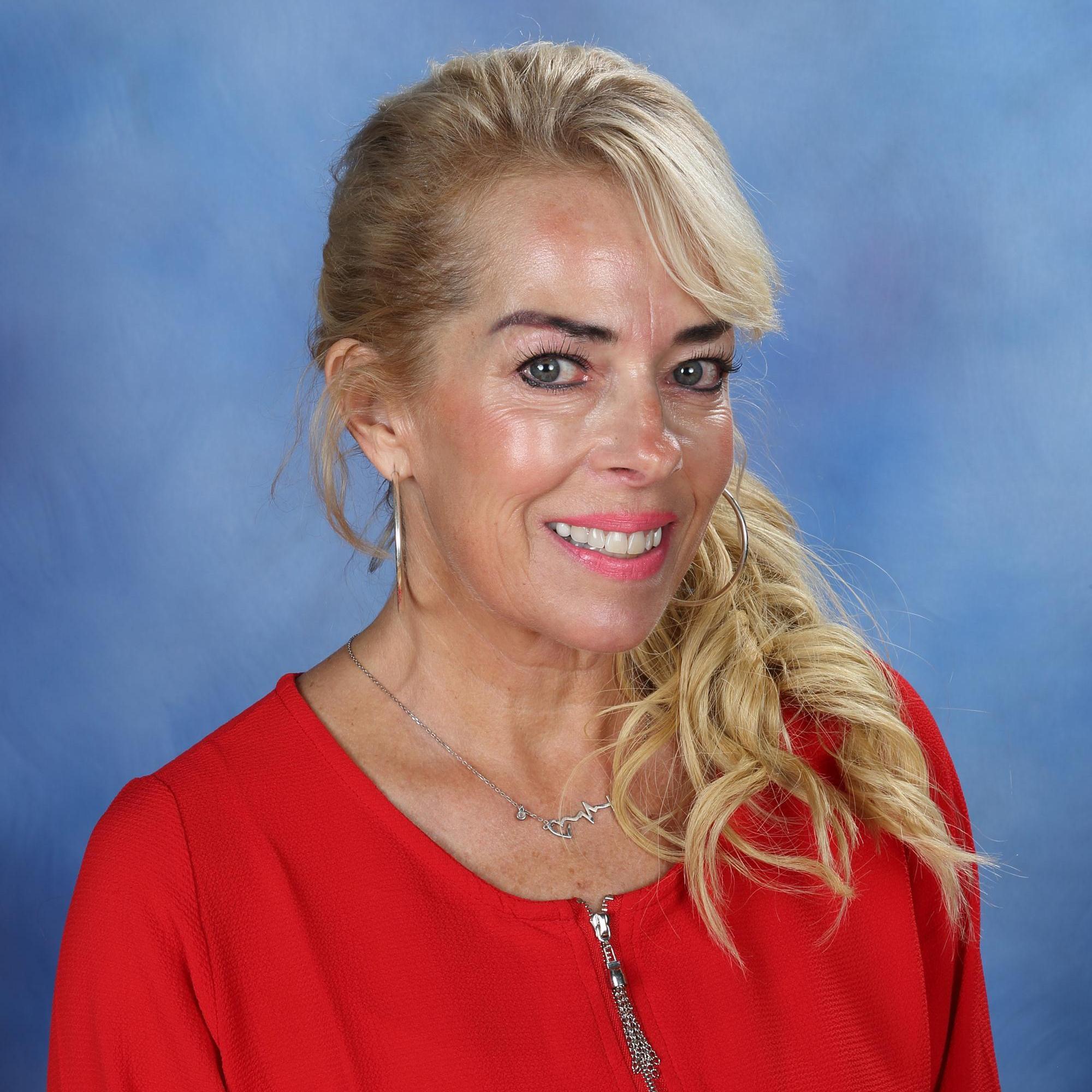 Hope Graves's Profile Photo