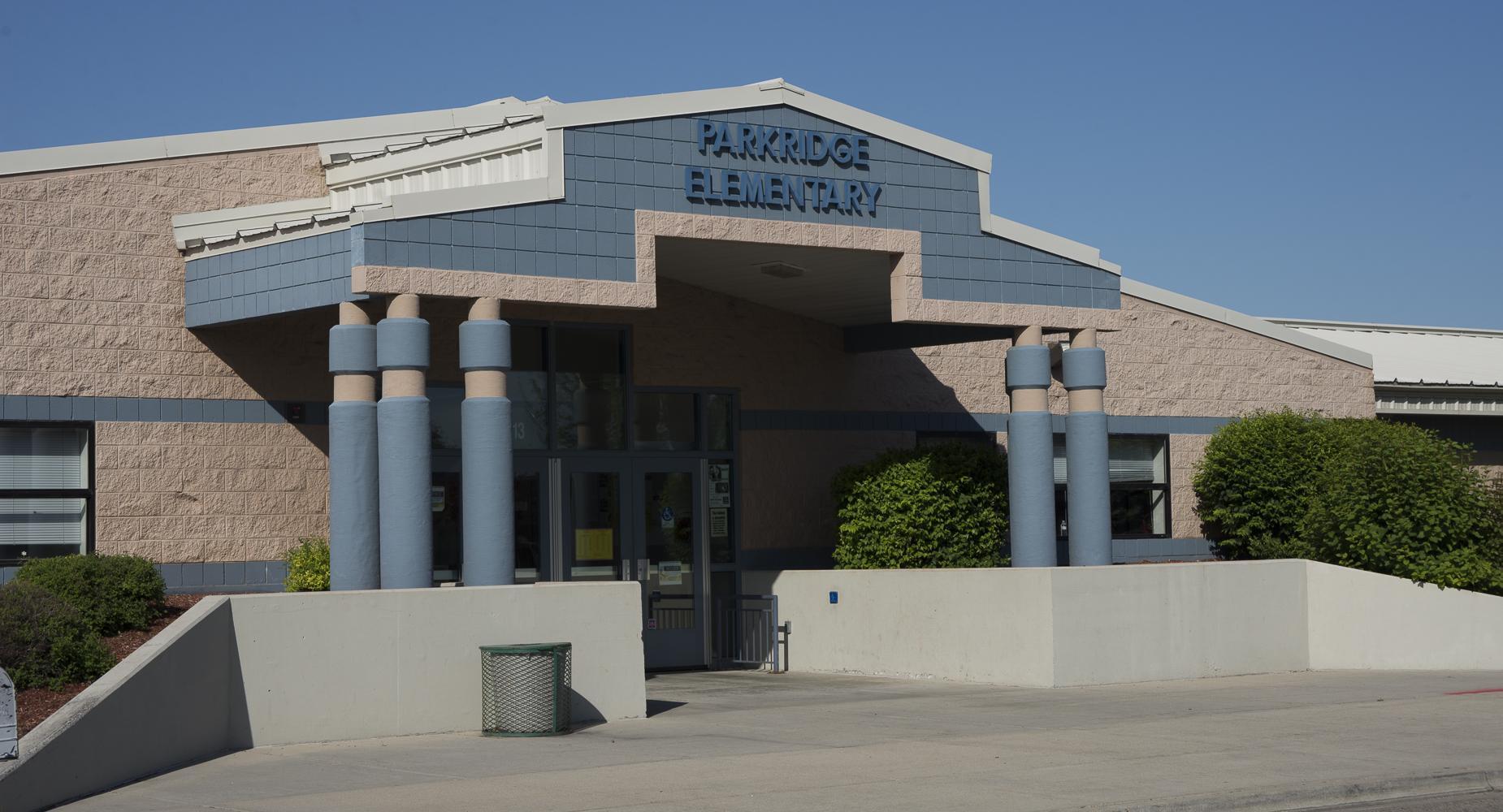 Park Ridge Elementary exterior.