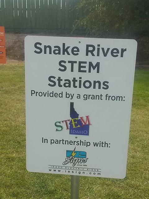 Snake River STEM Stations sign at Snake River Elementary.