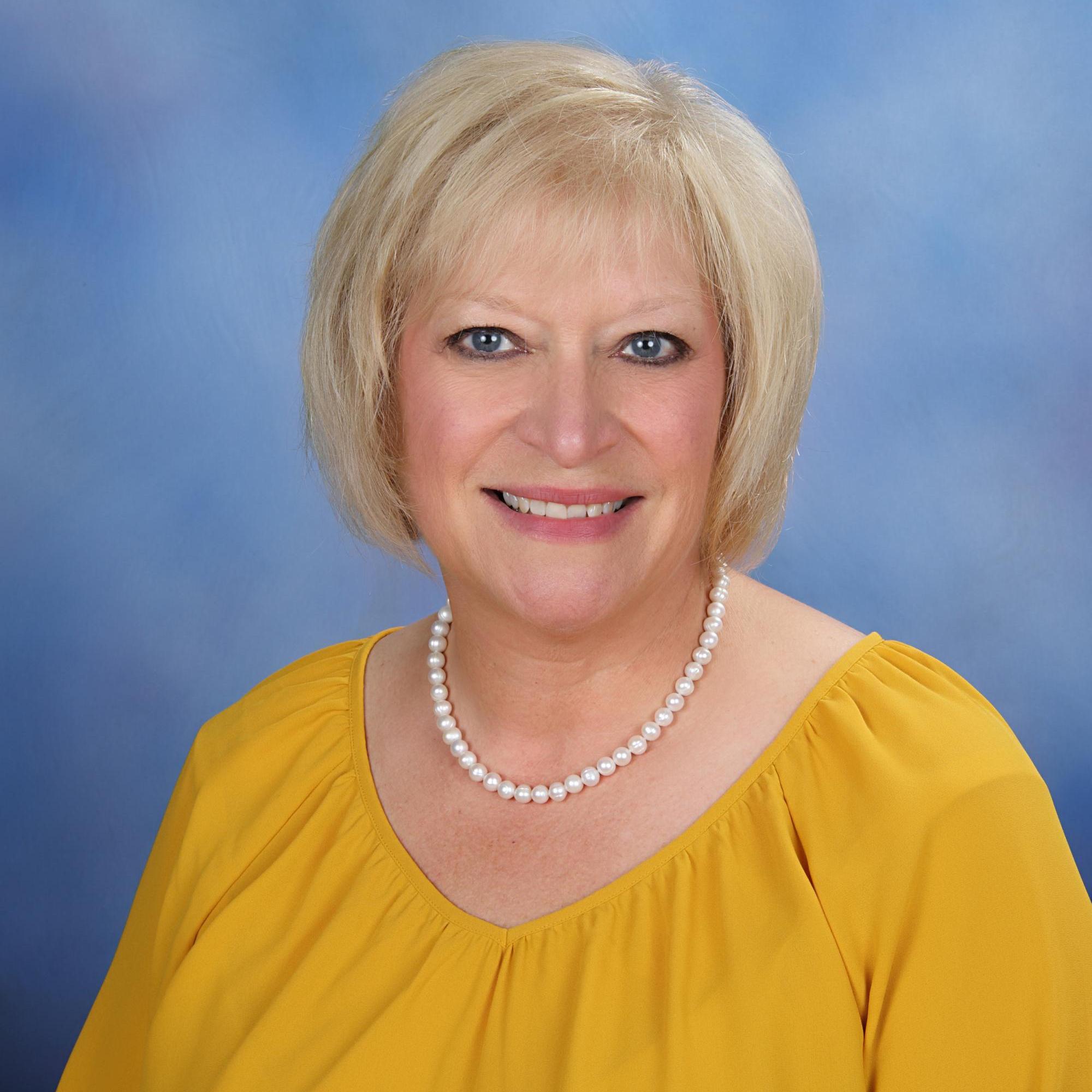 Sandy Brown's Profile Photo