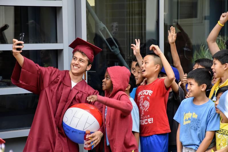 Arcadia High Class of 2019 Selfie with Longley Way Elementary students