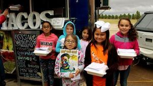 Students with Taco Truck