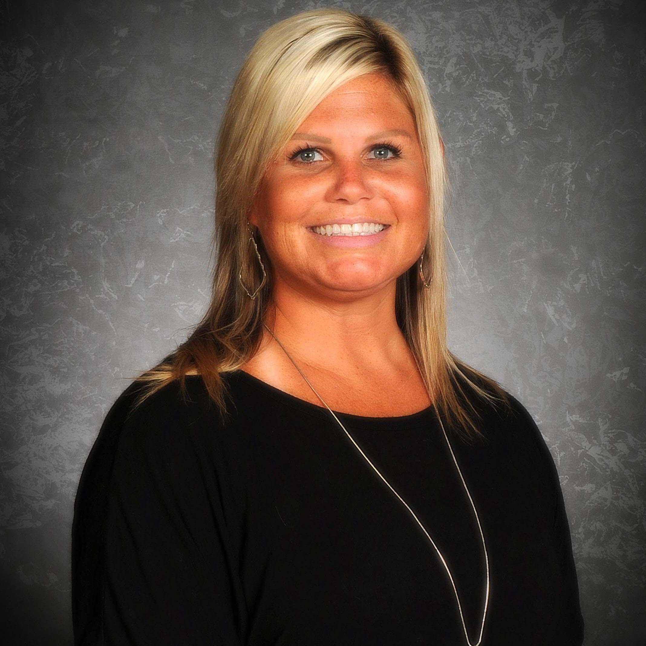 Lori Dale's Profile Photo
