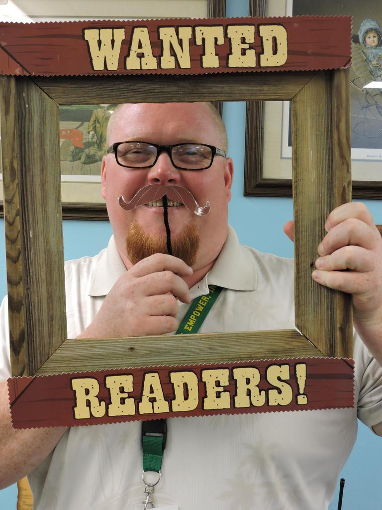 Vice Principal with Wanted Readers picture frame