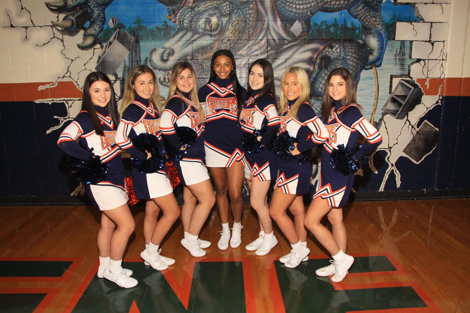 11th Grade Cheerleaders
