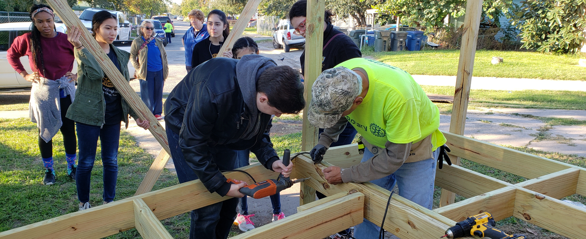 Rotary Club help building a ramp for local family