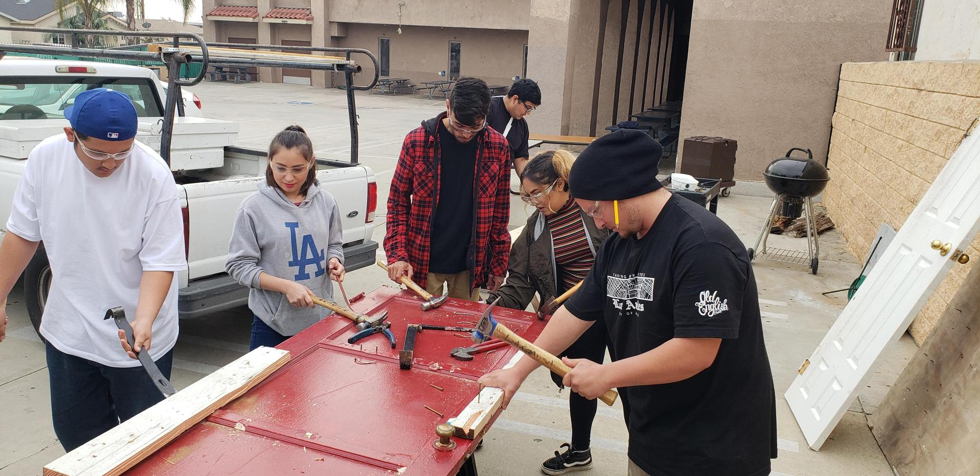 Construction training at LA CAUSA