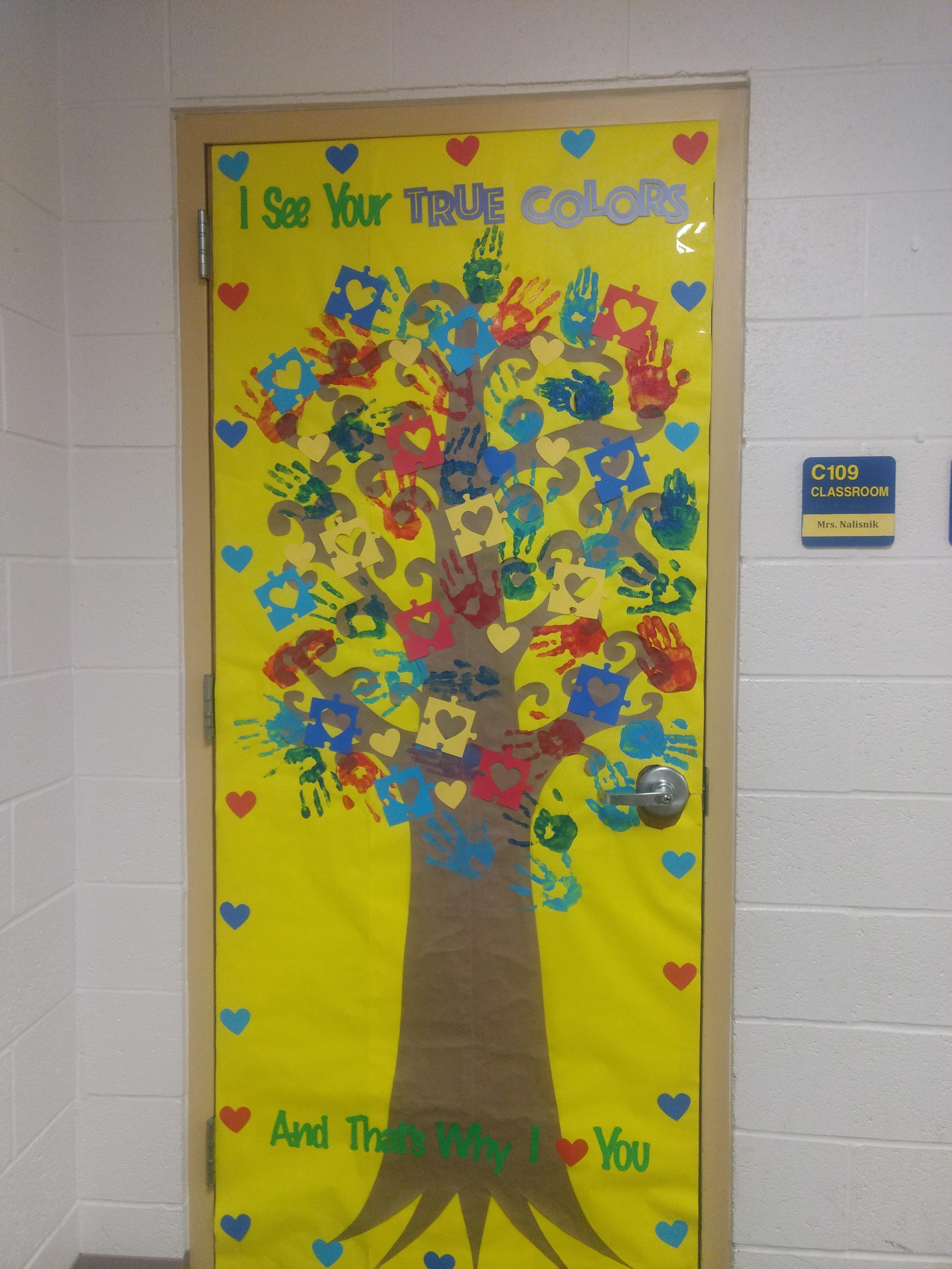 Mrs. Nalisnik's Autism Awareness Door 2018