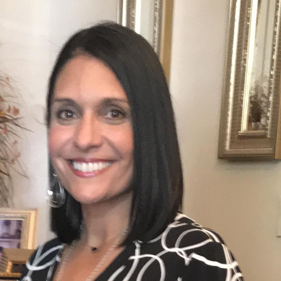 Elda Flores's Profile Photo