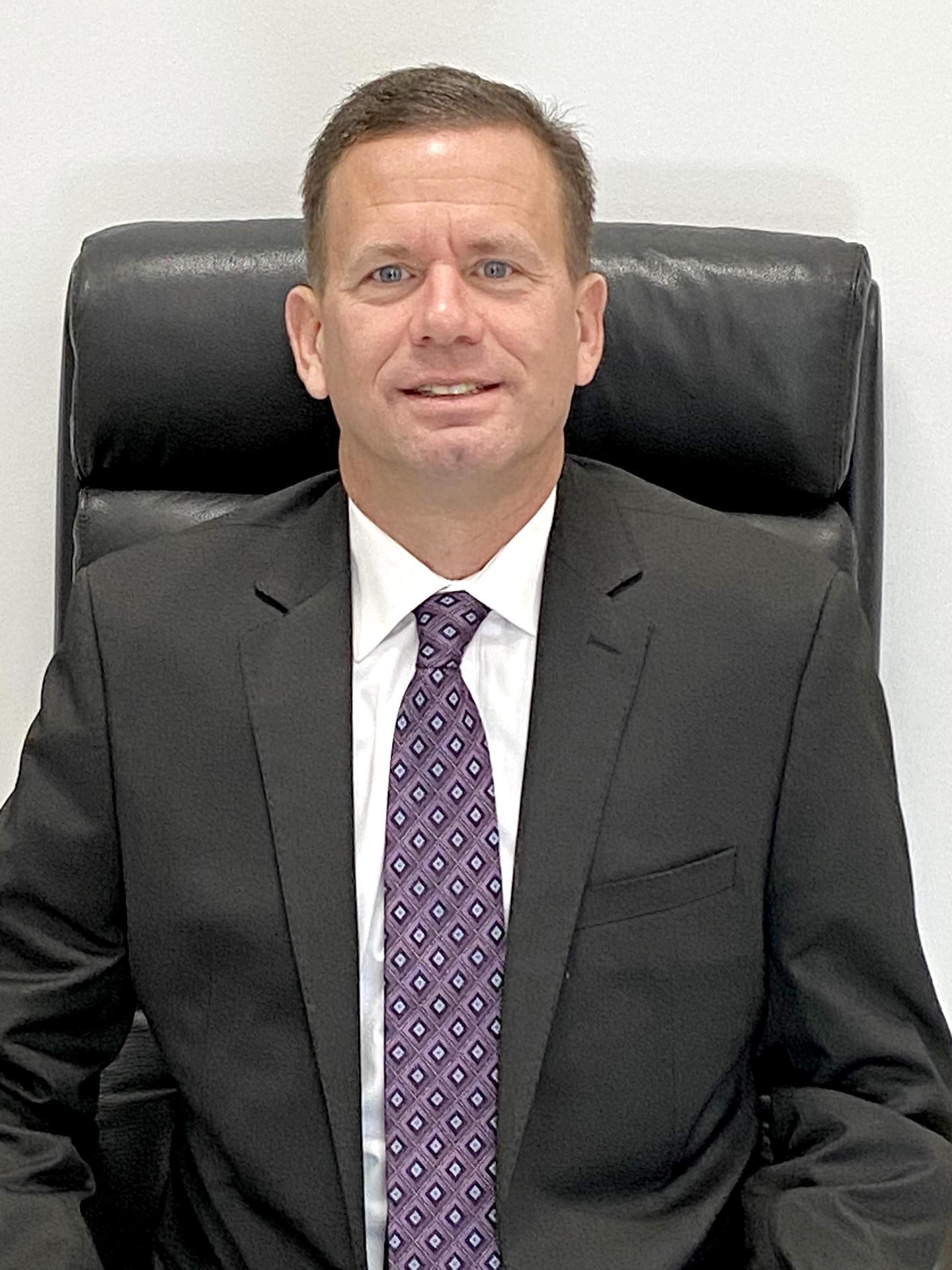 Formal photo, David Brady