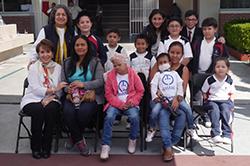 Alumnos de Primaria entregan Juguetes a  AMANC Featured Photo
