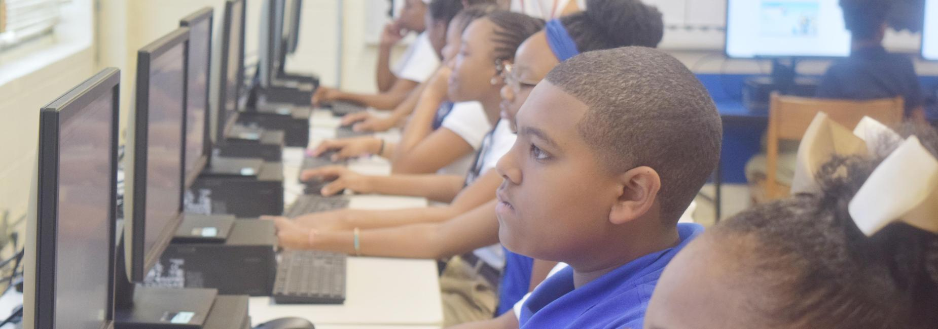 Robert Lewis Magnet School Technology Class