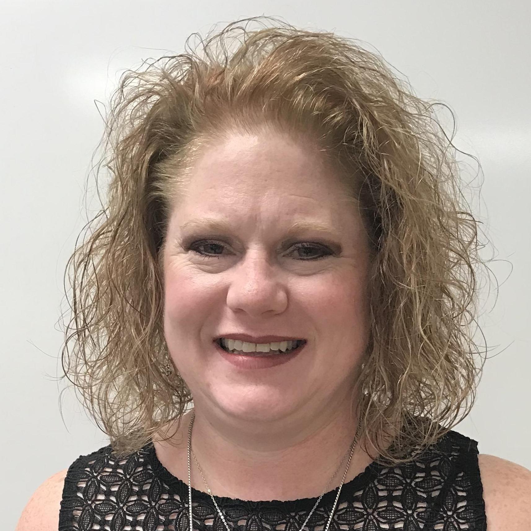 Elizabeth Crownover's Profile Photo