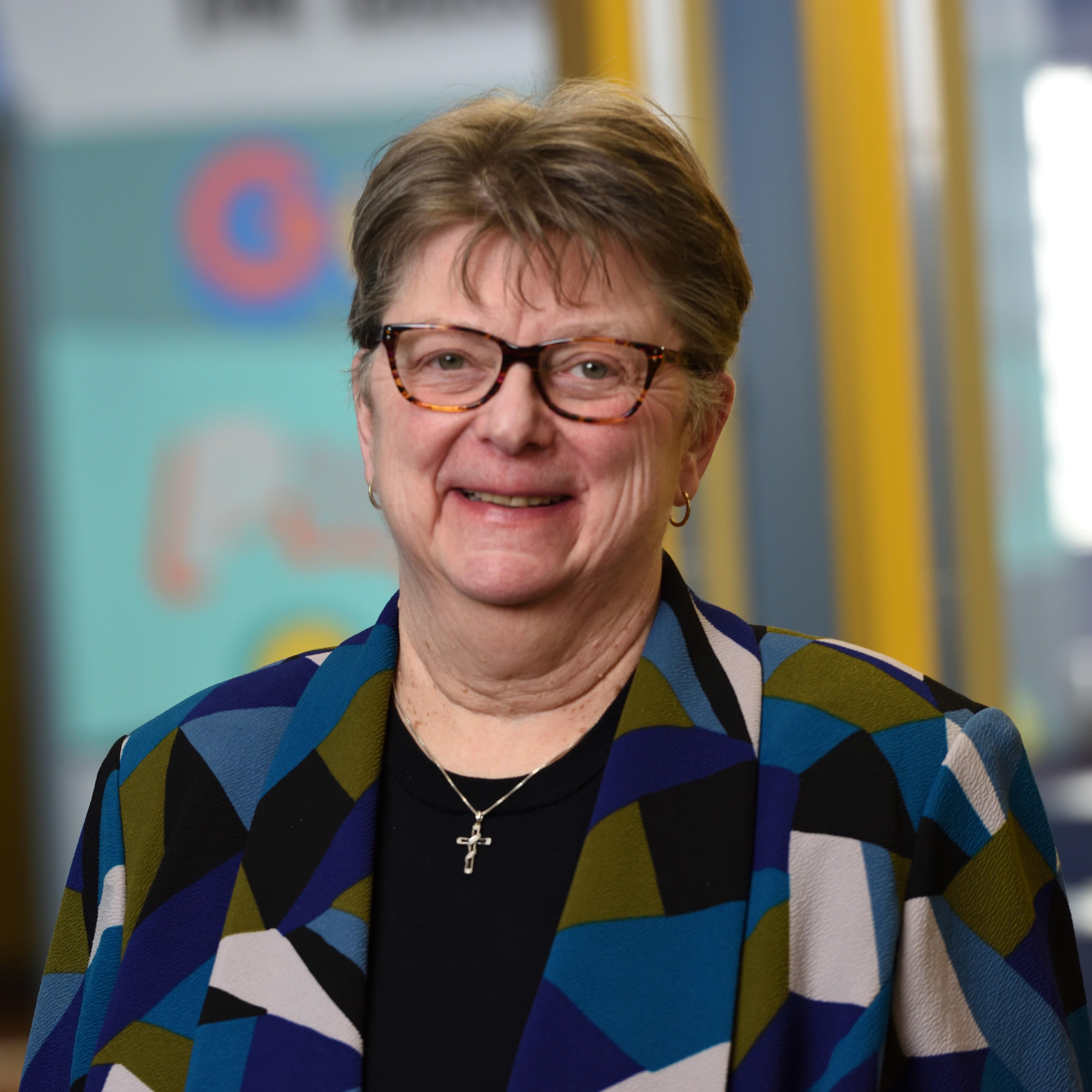 Sandy Kiefer's Profile Photo