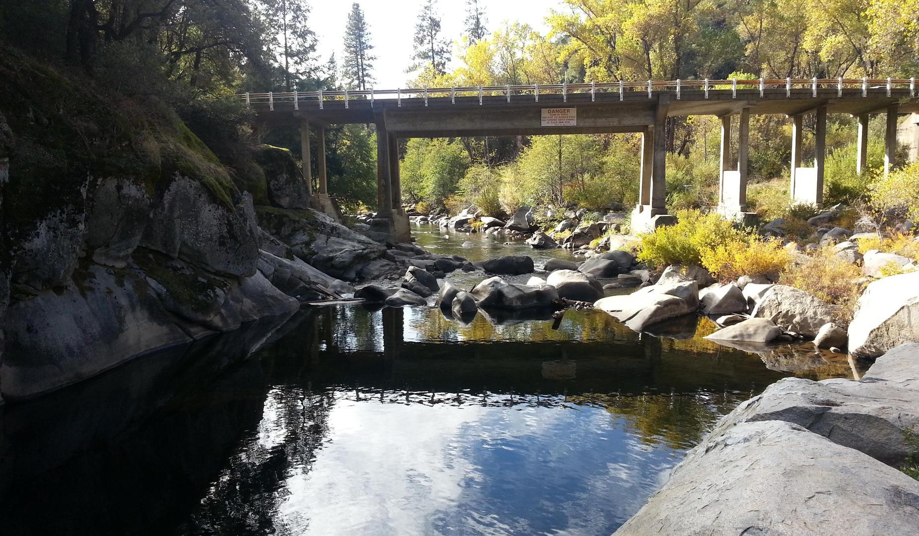 Picture of Mokelumne river bridge