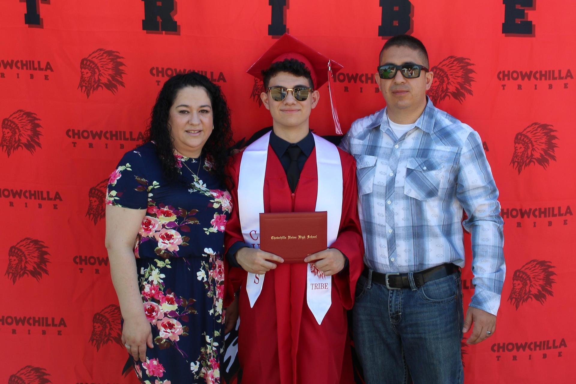 Alfredo Luna and family