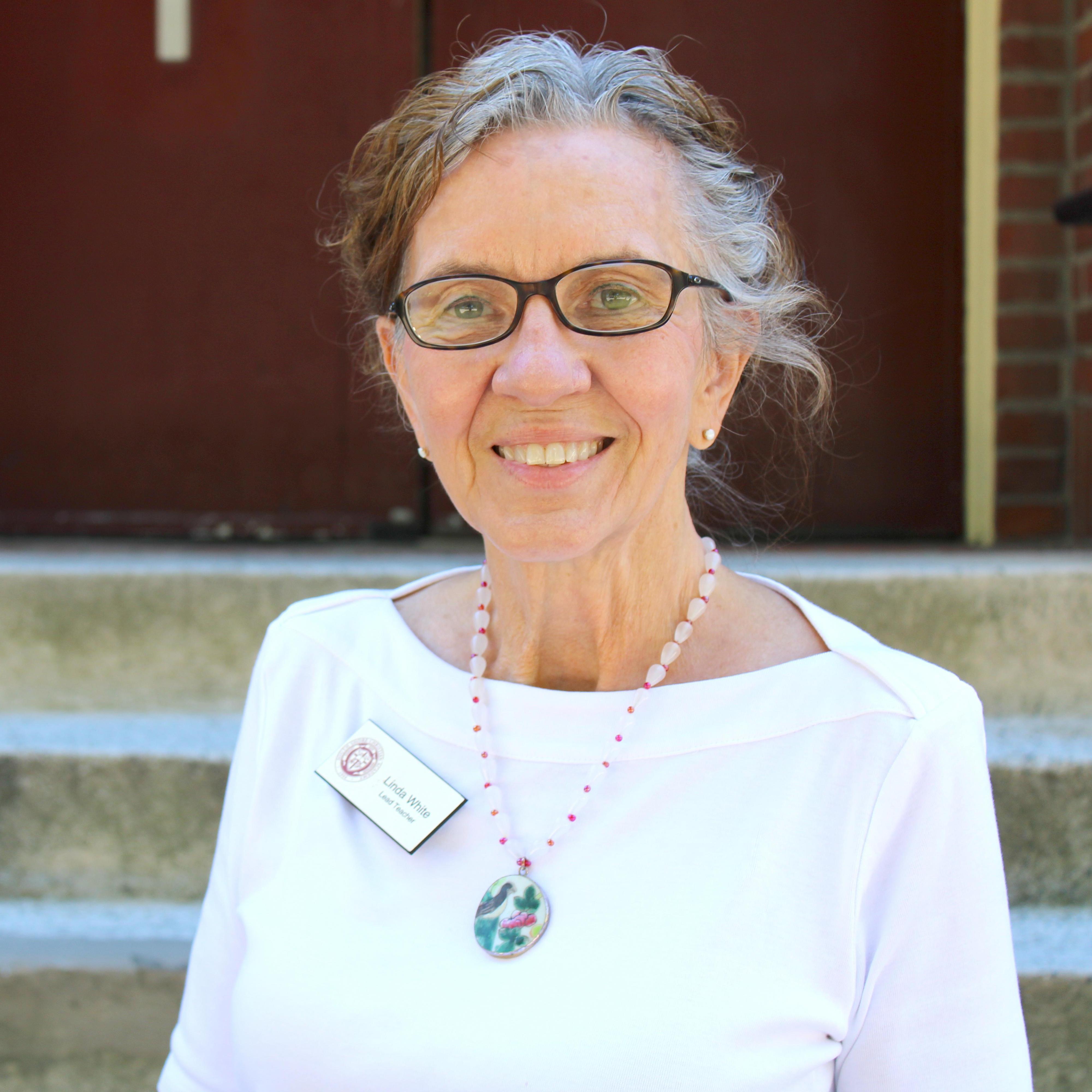 Linda White's Profile Photo