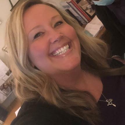 Lindsay Fuller's Profile Photo