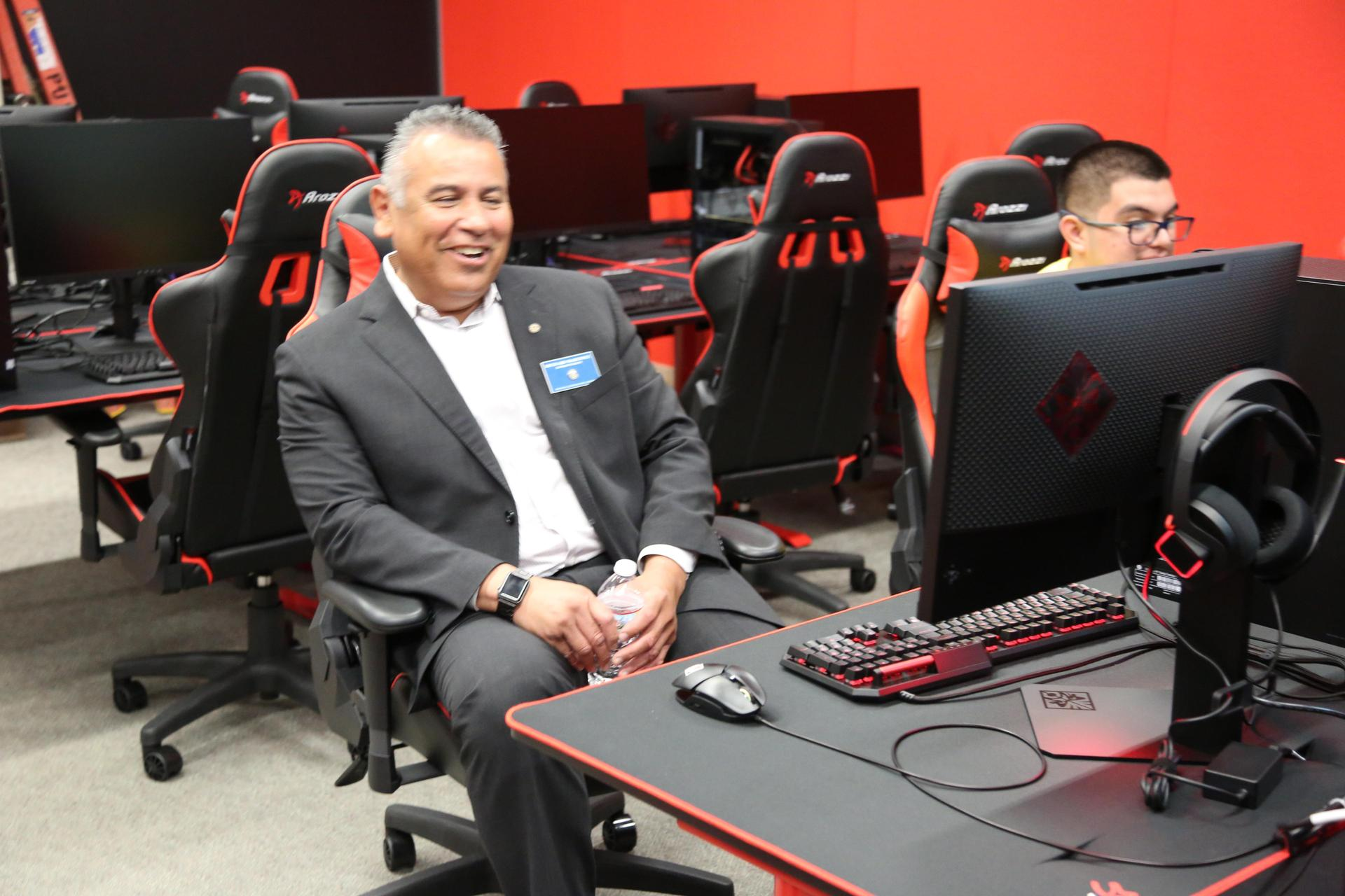 Superintendent Martinez gaming with our SEEO Students