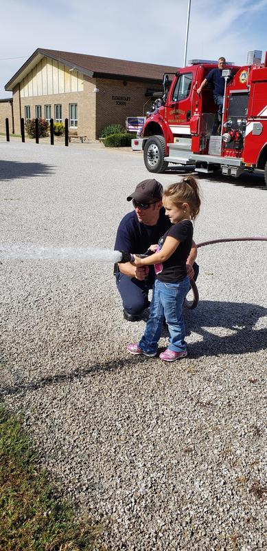 Firemen visit CIS