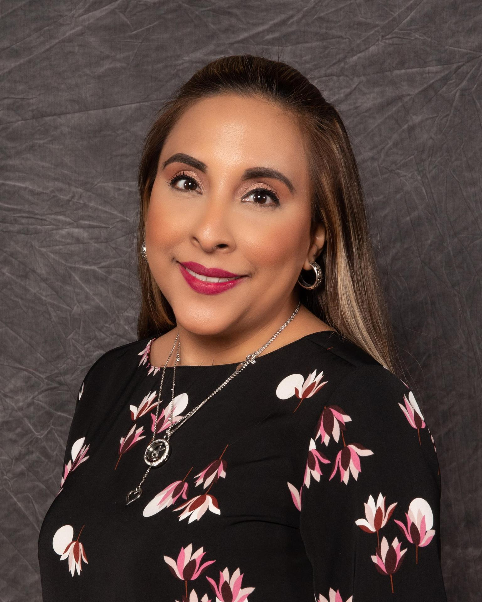Lora Jalomo Garza